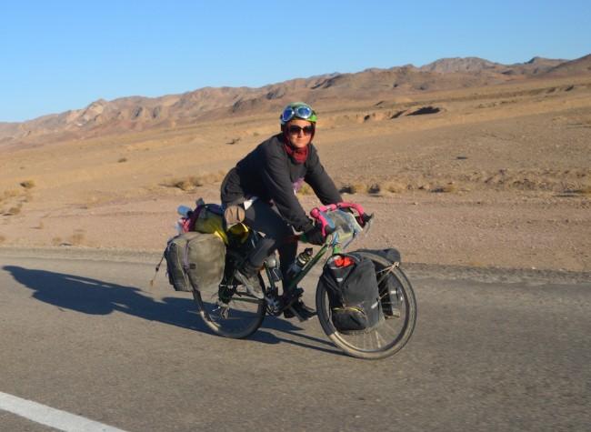 Um die Welt mit Fahrrad und Segelbooten