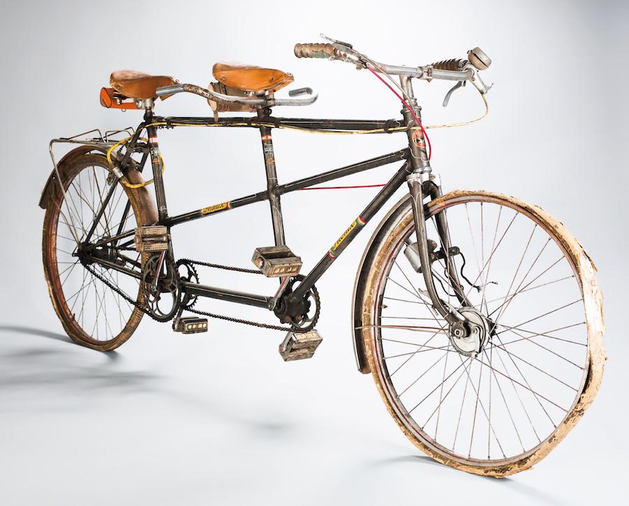Tandem von Hans Panuska. Foto Verlag Hollinek. TIPP: Ausstellung Wiener Mechanikerräder auf der WFS